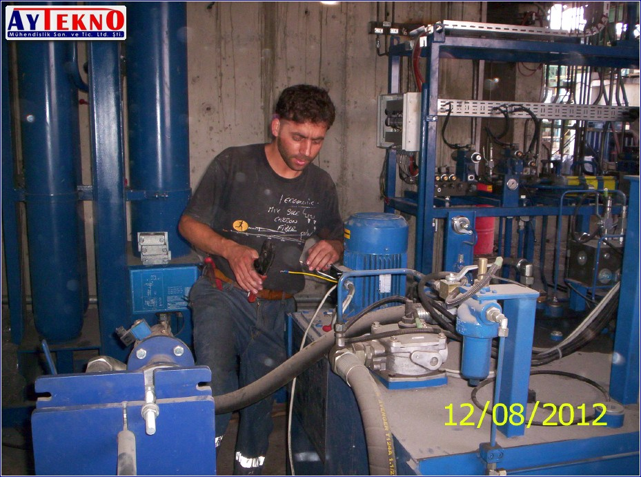 LF hydraulic assembly